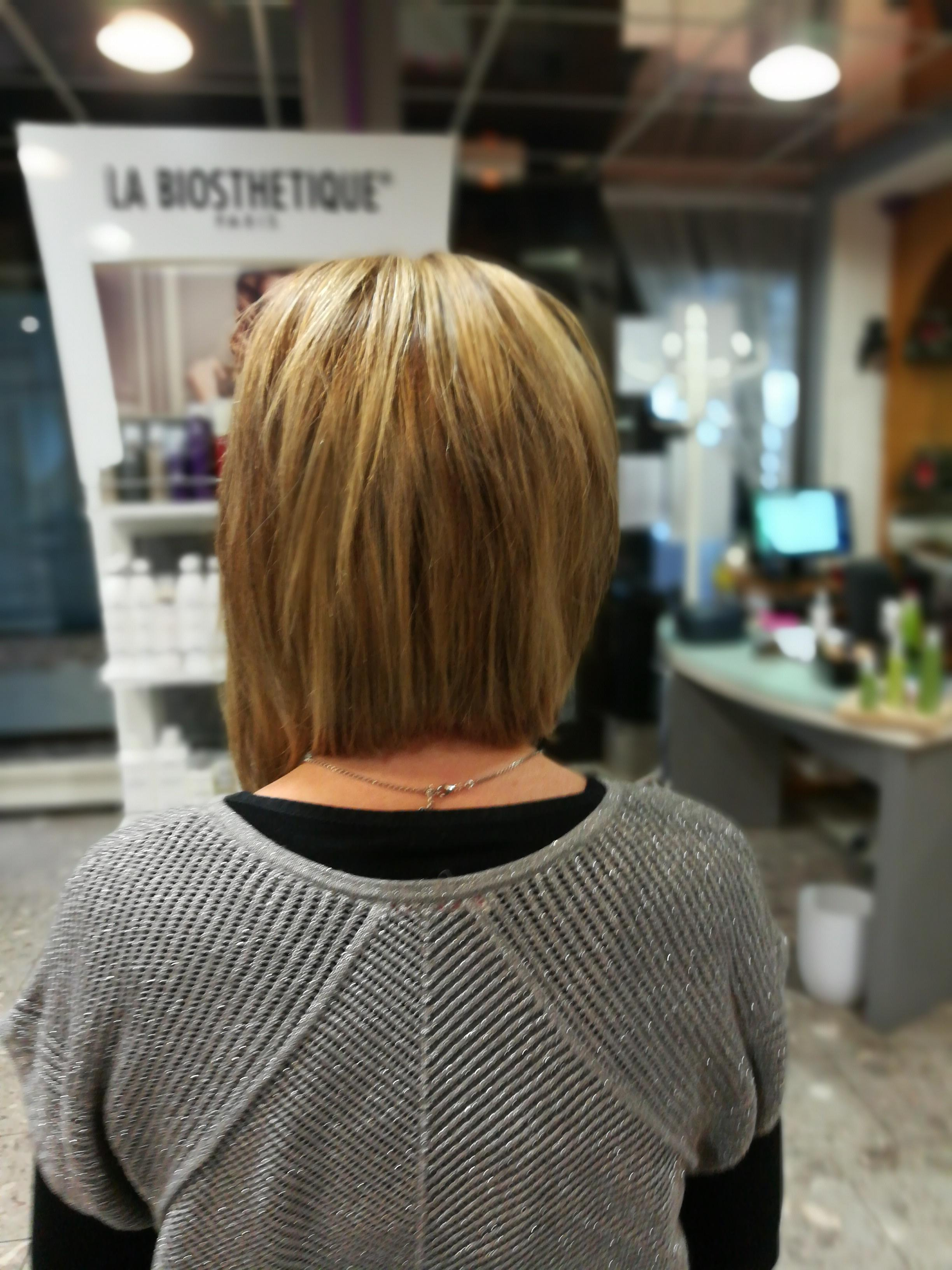 Photo du du00e9filu00e9 de coiffure u00e0 Brides les Bains